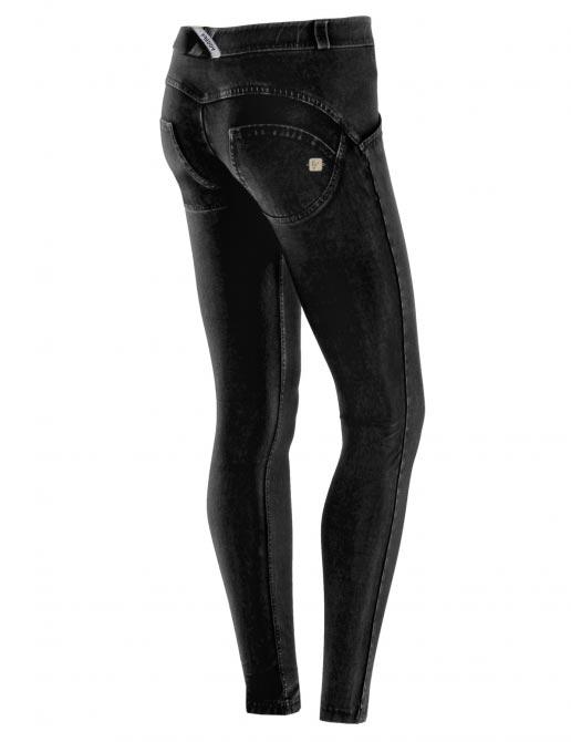 Freddy jeans černé, normální pas, 2017